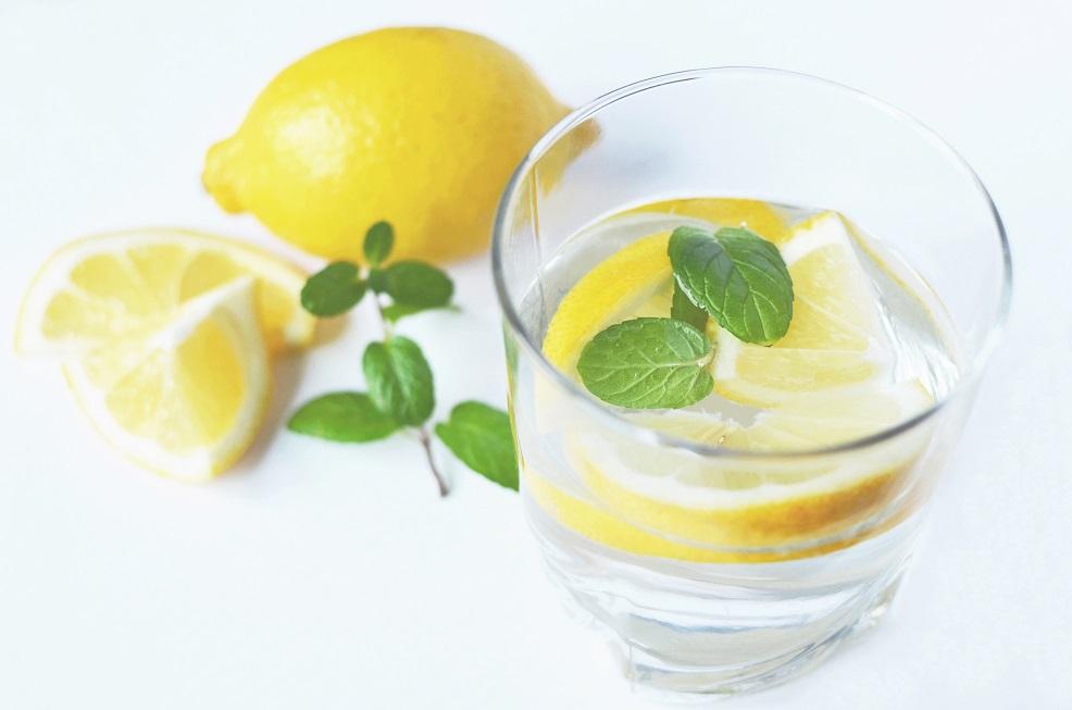 5 Semne ca nu te hidratezi corect cand mergi la sala