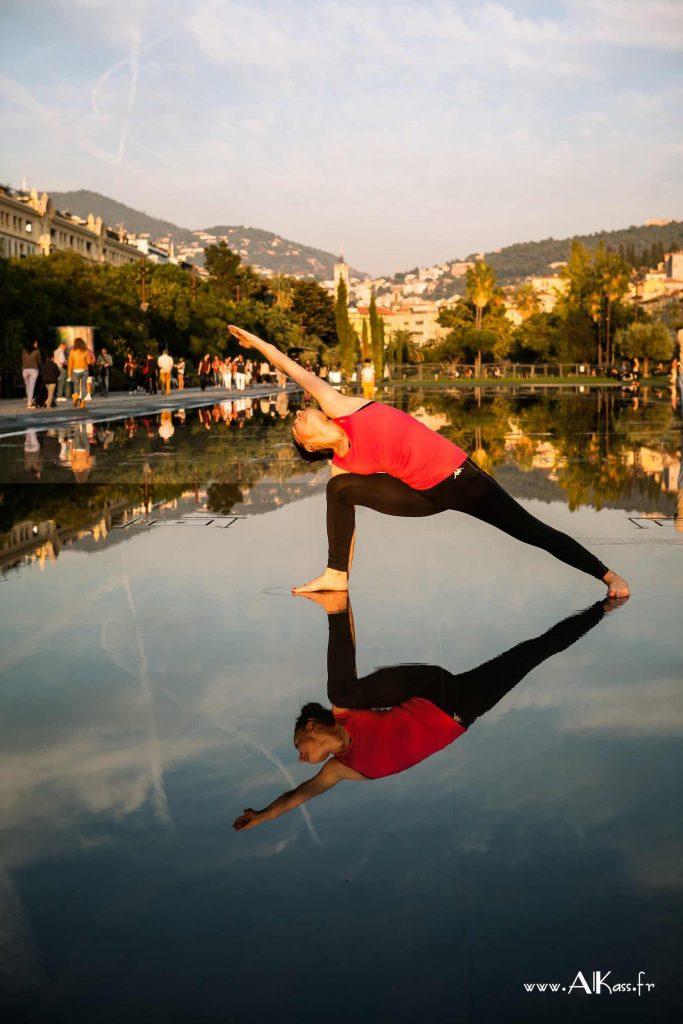 Yogaterapia integrativa – de la terapie la preventie