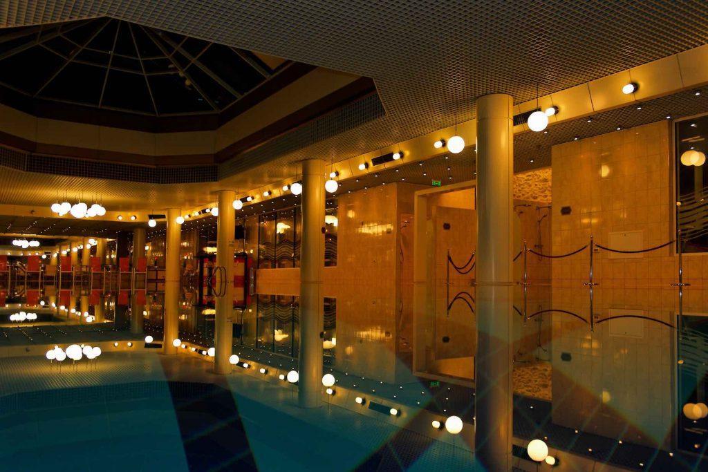Oferte speciale Aro Palace SPA Center, Brasov