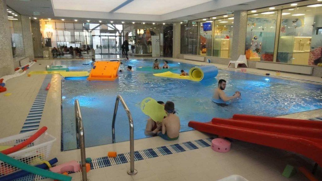 club de înot pentru copii