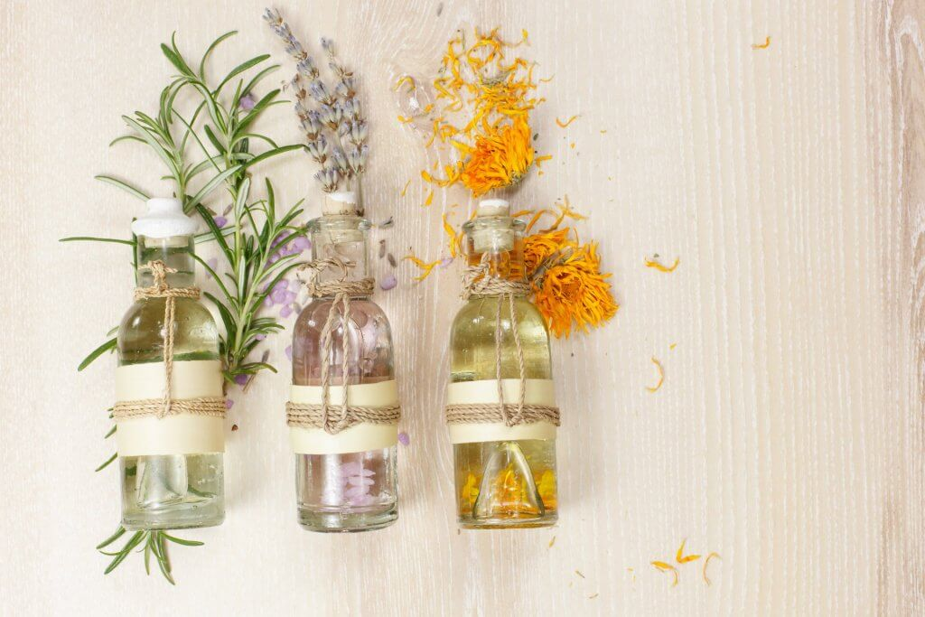 Aromoterapia - parfumul frumusetii