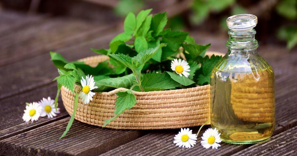 Băile cu plante medicinale